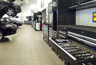 Automotive Tool Cabinets