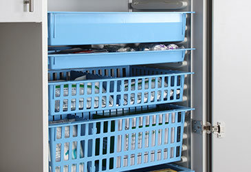 HTM71 Baskets & Trays